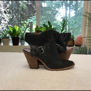 Dolce vita black leather cut out booties